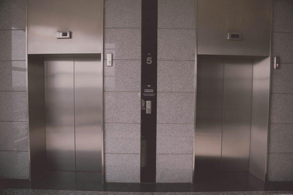prix installation ascenseur maison