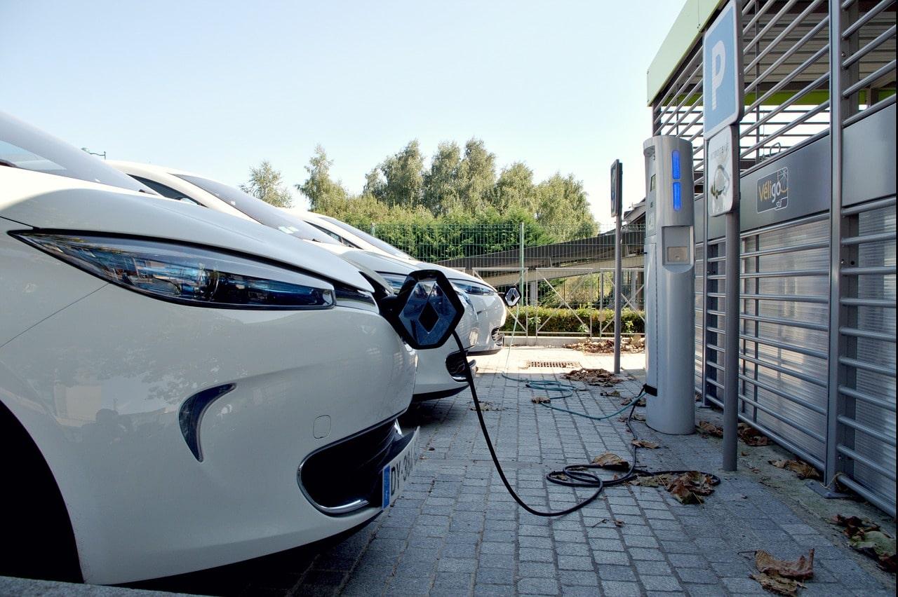 borne de recharge electrique voiture