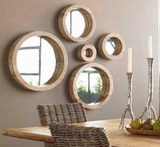 Réforme intégrale.  Miroirs ronds décoratifs en bois