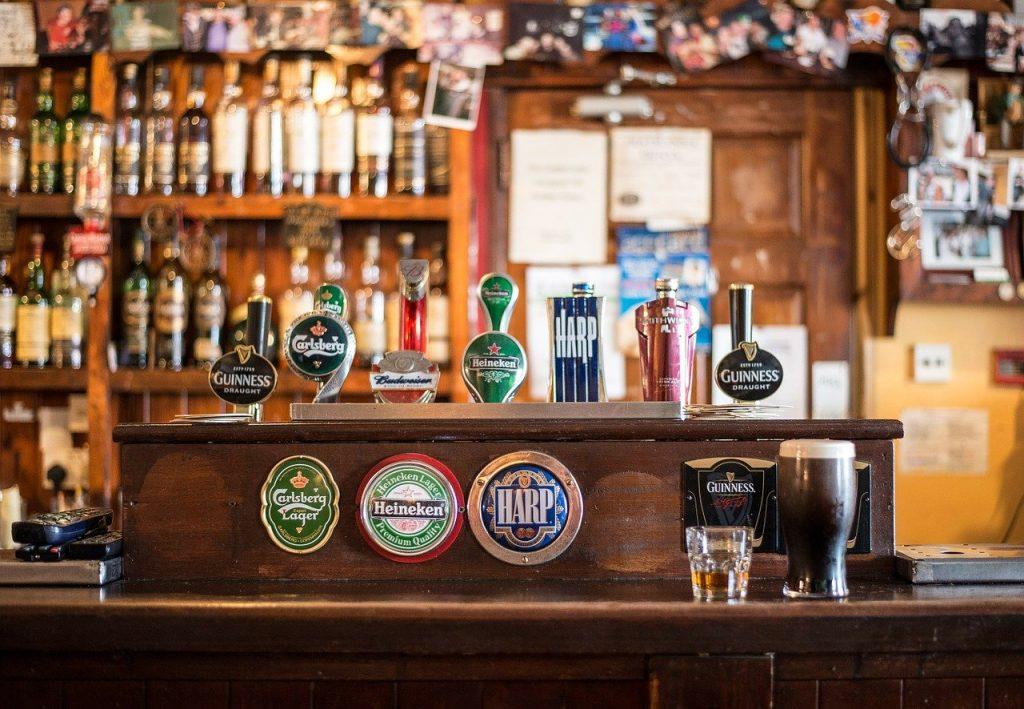 prix moyen renovation bar