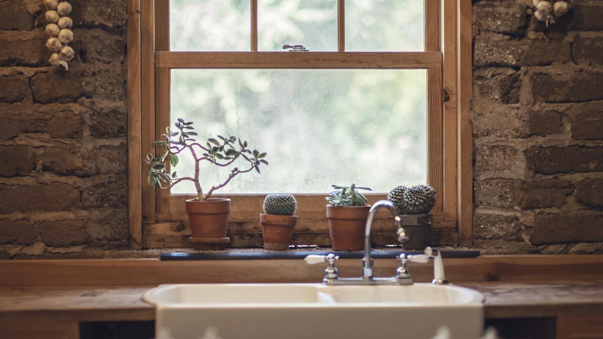 Quel est le prix d'une fenêtre baie vitrée en bois ?